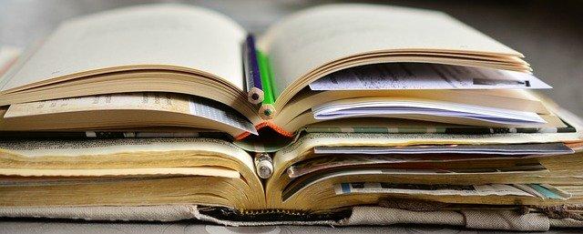 ¿Cuántos libros tiene la Biblia y cuáles son? 1