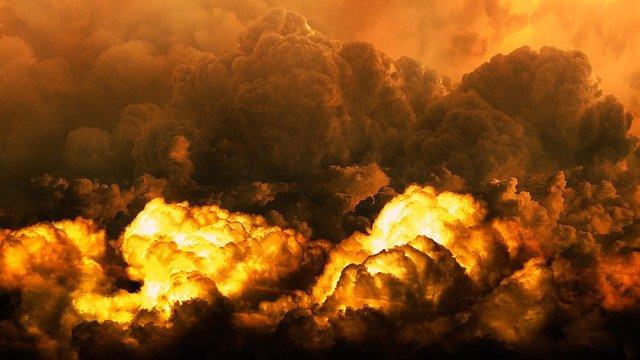 Apocalipsis: Revelaciones sobre el fin y temas principales del libro 1