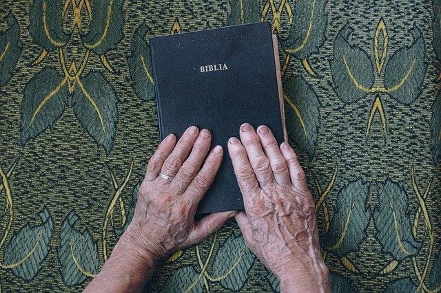https://biblia2.com/wp-content/uploads/2021/06/Deuteronomio.pdf